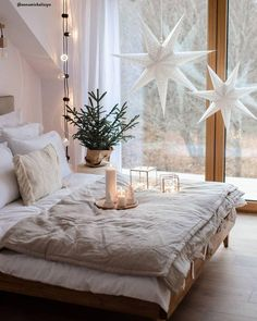 Christmas fairy lights Get Cozy - Everything for a cozy home . - christmas fairy lights Get Cozy – Everything for a cozy home! Our secret recipe for 10 - Magical Bedroom, Cozy Bedroom, Bedroom Decor, Bedroom Ideas, Christmas Fairy Lights, Merry Christmas, Winter Bedroom, Christmas Bedroom, Scandinavian Bedroom