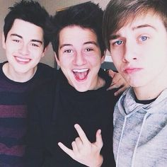 Riley's smile... And Toby gorgeousness... And Connor's eyes... Just, just, just... No. Too much.