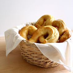 home-made pretzels...I think I'm going to try some cinnamon sugar ones...yummmy!