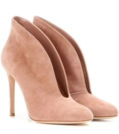 GIANVITO ROSSI Vamp Suede Peep-Toe Ankle Boots. #gianvitorossi #shoes #boots