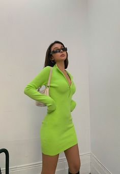 Lime Green Outfits, Green Outfits For Women, Neon Green Dresses, Green Dress Outfit, Neon Outfits, Cute Skirt Outfits, Colourful Outfits, Fashion Outfits, Green Fashion