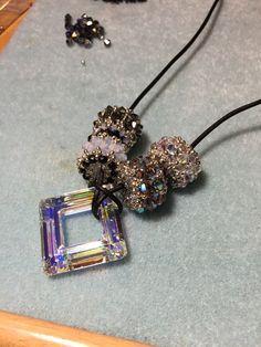 #carriejanesart #swarovski #beaded #necklace