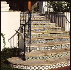 Installations Lascaux Tile Company Traditional Portuguese and Spanish Tile Enhancements Patio Stairs, Exterior Stairs, Outdoor Stairs, Outdoor Tiles, Spanish Style Homes, Spanish Revival, Spanish House, Spanish Colonial, Tiled Staircase
