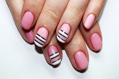 #NailArt : Comment utiliser le striping tape ?   #manucure #manicure #ongles #nail #astuces #conseils #monvanityideal