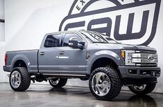 """2017 Ford Super Duty equipped with a Fabtech 4"""" Radius Arm System #fabtech #fabtechmotorsports #ford #superduty #f250 #f350 #liftedtrucks #dirtlogic"""