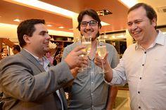 Soft Open Bhan Nossos convidados se juntaram aos melhores designers da atualidade. Dia 03 de Novembro a capital mundial do design mudou-se para cá.