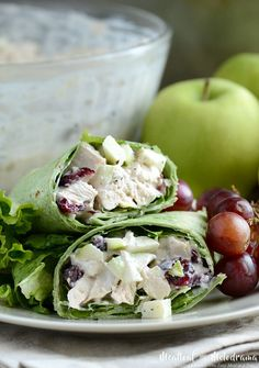 Cranberry Apple Chicken Salad Wraps - Meatloaf and Melodrama Easy Sandwich Recipes, Sandwich Ideas, Easy Dinner Recipes, Easy Recipes, Easy Family Dinners, Weeknight Dinners, Easy Meals, Granny Smith, Healthy Recipes