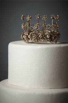 cake topper to match brooch theme