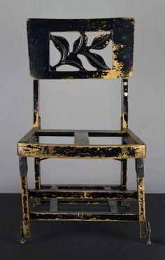 turning-saints:  Glenn Gould's chair.