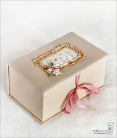 How to decorate a box diy projects how to make Ideas Homemade Gift Boxes, Fabric Boxes, How To Make Box, Pretty Box, Altered Boxes, Craft Box, Diy Box, Keepsake Boxes, Hobbies And Crafts