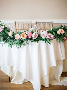 7 Sweetheart Table Ideas You'll Fall Head Over Heels For