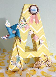 bonmilu.es - Diseño gráfico y scrapbook en Villarrobledo Paper Mache Letters, Diy Letters, Wood Letters, Decoupage, Diy And Crafts, Paper Crafts, Baby Favors, Nursery Letters, Party Props