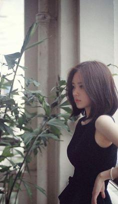 Yun Seonyoung/ - Another! Girl Short Hair, Short Hair Cuts, Medium Hair Styles, Long Hair Styles, Korean Short Hair, Shot Hair Styles, Asian Hair, Beautiful Asian Girls, Ulzzang Girl