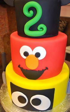gabba and elmo cake.just elmo layer Leo Birthday, Birthday Party Themes, Birthday Ideas, Daughters, To My Daughter, Cake Designs For Kids, Sesame Street Cake, Elmo Cake, Gabba Gabba