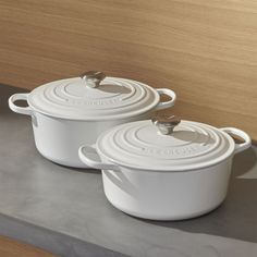 Shop Le Creuset ® Signature Round White French Ovens.  Revered by both professional chefs and home cooks since its 1925 debut, Le Creuset's classic French cast iron cookware is prized for its utilitarian good looks and unsurpassed heat retention.