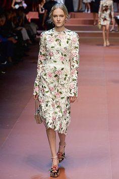 Dolce & Gabbana Fall 2015 RTW Runway - Vogue-Milan Fashion Week