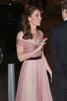 The Duchess of Cambridge wears glamorous pink Gucci gown for V&A gala- HarpersBAZAARUK Duchess Kate, Duchess Of Cambridge, Kate Middleton, Gucci Gown, Alexander Mcqueen Dresses, Pink Gowns, Gala Dinner, Sheer Chiffon, Stunning Dresses
