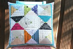 Patchwork Notes: That Special Friend Pillow {Tutorial}  Has templates
