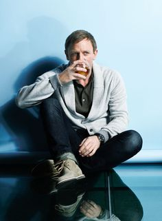 ...♥♥ Daniel Craig For Esquire Magazine August 2011