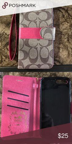 Coach iPhone 6/7 plus wristlet Coach iPhone 6/7 plus wristlet with inside credit card pockets Coach Accessories Phone Cases