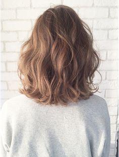 35 Perm Hairstyles: Stunning Perm Looks - fashion HAIR - Hair Designs Medium Hair Cuts, Medium Hair Styles, Curly Hair Styles, Natural Hair Styles, Medium Curls, Short Curls, Wavy Perm Short Hair, Digital Perm Short Hair, Loose Perm