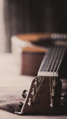 Playing The Guitar Is Easy With These Tips And Tricks. Do you want to learn to play guitar? Music Guitar, Cool Guitar, Playing Guitar, Ukulele, Blue Guitar, Music Wallpaper, Tumblr Wallpaper, Minimal Wallpaper, Acoustic Guitar Photography