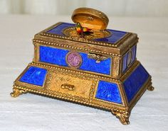 Antique Hungarian Enamel Singing Bird Music Box Musical Clockwork ...