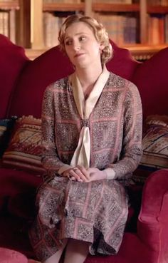 Lady Edith Crawley of Downton Abbey Downton Abbey Cast, Downton Abbey Costumes, Downton Abbey Fashion, 20s Fashion, Vintage Fashion, Edith Crawley, Laura Carmichael, Cool Outfits, Style Inspiration