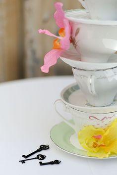 Tea cups decor
