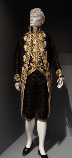 Silk velvet suit with silk embroidery, Europe, c.1800.