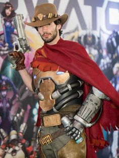 Best Overwatch cosplay of McCree by Squiby