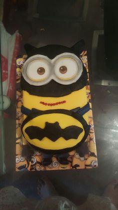 Batman Minion Buttercream Cake Bakery Pinterest
