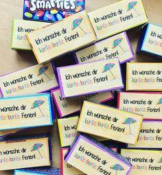 F E R I E N I N S I C H T!🌴 Für die Kinder meiner Klasse zum Ferienstart...🌸 Danke @fraeulein_epunkt für die tolle Idee! • #feriengruß…