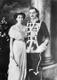 A lovely composite photo of the newly wedded couple Princess Victoria Louise of Prussia and Duke Ernst August of Brunswick.1913.