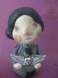 Maureen clay art doll by Aimie Campomanes example: sculpted and painted hair