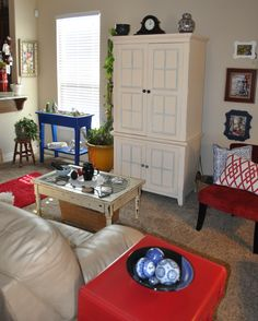 Nature inspired, non-traditional red, white & blue decor by Sharon McBride of All That Nonsense