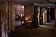Savi Day Spa offering massages, manicures, pedicures, facials and more.