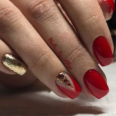 Classic red nails Festive nails Foil nail art Long nails Nails trends 2018 Plain nails Red and gold nails Vivid nails Red Nail Designs, Best Nail Art Designs, Acrylic Nail Designs, Acrylic Nails, Gel Nails, Gold Manicure, Glitter Nails, Red Glitter, Red And Gold Nails