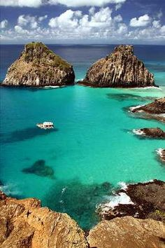 Fernando de Noronha, Brazil. Vacation Packages starting at $ 1295.95! Click Here… South America Travel, Vacation Places, Vacation Spots, Places To Travel, Travel Destinations, Best Places To Eat, Oh The Places You'll Go, Places To Visit, Brazil Vacation