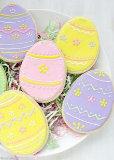 the Best Ideas for Easter Sugar Cookies . Easter Egg Sugar Cookies with Royal Icing No Egg Cookies, Fancy Cookies, Iced Cookies, Easter Cookies, Royal Icing Cookies, Easter Treats, Cookies Et Biscuits, Holiday Cookies, Cupcake Cookies