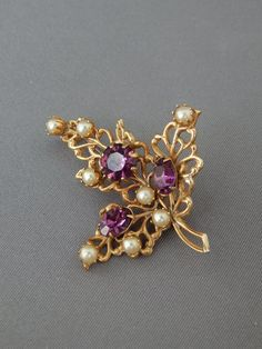 Vintage Faux Amethyst Pearls Gold Filigree Leaf Pin, Gold Tone Faux Pearl Rhinestones Whimsical Leaf Rose Gold Wedding Jewelry, Gold Filigree, Flower Brooch, Vintage Brooches, Jewelry Collection, Amethyst, Pearls, Purple, Unique Jewelry