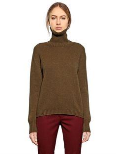 LARUSMIANI TURTLENECK CASHMERE SWEATER, KHAKI. #larusmiani #cloth #knitwear