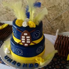 Zulu Traditional Wedding, Traditional Cakes, Traditional Dresses, Traditional Decor, African Wedding Cakes, African Weddings, African Outfits, African Clothes, African Wear