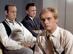 Man From Uncle Tv, David Mccallum, Ncis, Tv Series, 1960s, Tv Shows, Craft Ideas, Stars, Sixties Fashion