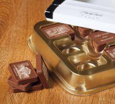 Immagini e fotografie riprodotte in HD su pregiato cioccolato belga premium. Scoprite i cioccolatini personalizzati CandyCard su www.cioccolatini-personalizzati.com