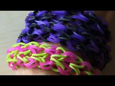 Monster Tail PUFFY CUFF Bracelet. Designed and loomed by TheParentingChannel. Click photo for YouTube tutorial. 05/21/14. Rainbow Loom Easy, Rainbow Loom Bracelets Easy, Rainbow Loom Tutorials, Rainbow Loom Patterns, Rainbow Loom Creations, Rainbow Loom Bands, Rainbow Crafts, Loom Love, Fun Loom