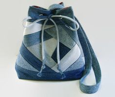 Azul del dril de algodón Jean lazo cubo bolsa monedero, bolso de bandolera tejido edredón loco, reciclado reciclado reciclados bolso de la tela del dril de algodón
