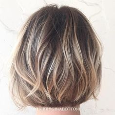 Blonde Highlights on Short Brown Hair, Balayage Brown Bob Blonde, Spring Hair, Hair Balayage Color Brown. Short Straight Hair, Short Hair Cuts, Short Hair Styles, Thick Hair, Color For Short Hair, Colored Short Hair, Coloured Hair, Bronde Hair, Hair Color Balayage