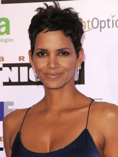 Short Hairstyles - The Spiky Pixie rocked by Halle Berry