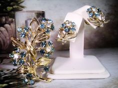 1950s LISNER Brooch and Earring Set, Brooch & Earrings, Blue Flower Brooch, Blue Flower Earrings, Screw Back Earrings, Brooch,Swiss Blue Set by CarolsVintageJewelry on Etsy